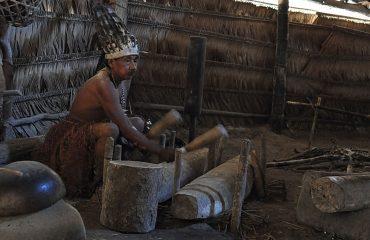 Amazonien Huitoto Schamane