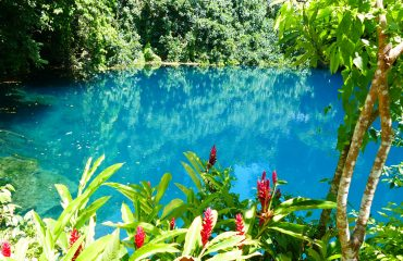 Vanuatu Espirito-Santo Blue Hole