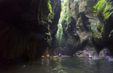 Vanuatu Insel Espirito-Santo Millennium Cave Foto  J. Melbert