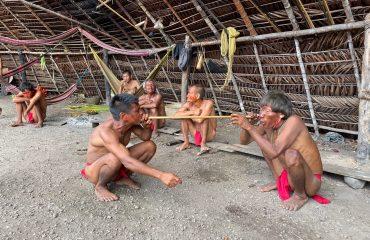 Yanomami Yopo Zeremonie